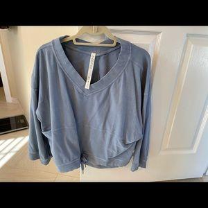 Lululemon sweatshirt size xs/s